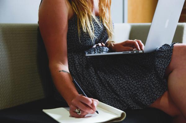 Ecrire multi-tâche